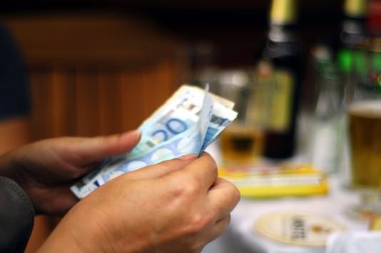 Δείτε τις δόσεις και τις εκπτώσεις για τα ληξιπρόθεσμα χρέη