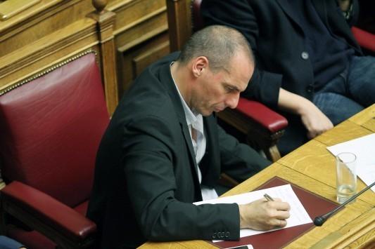 Επίθεση Βαρουφάκη για την επιστροφή των 1,2 δισ. του ΤΧΣ