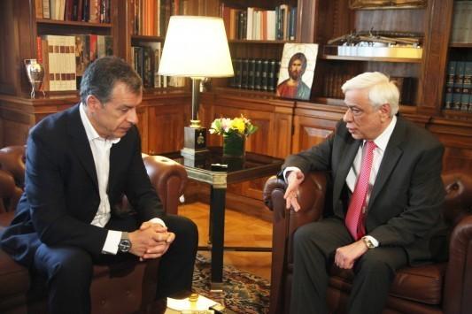 Παυλόπουλος: Θα κάνω τα πάντα για να μείνουμε στο ευρώ
