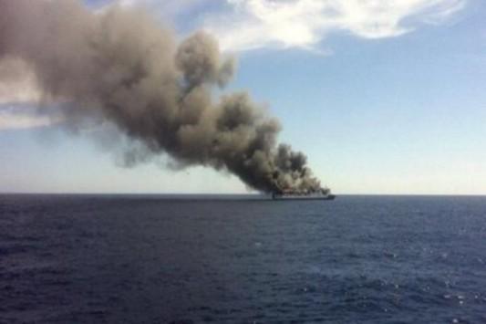 Φωτιά σε πλοίο με 170 επιβάτες ανοιχτά της Μαγιόρκα