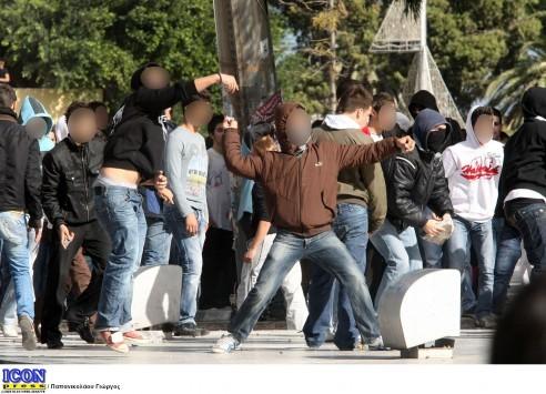 Το ΥΠΟΙΚ παραιτείται των αποζημιώσεων για φθορές μετά τη δολοφονία Γρηγορόπουλου