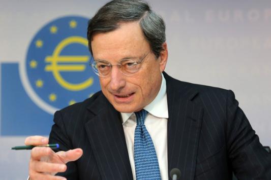 Άμεση ρευστότητα 10 δισ. στις ελληνικές τράπεζες εξετάζει η ΕΚΤ