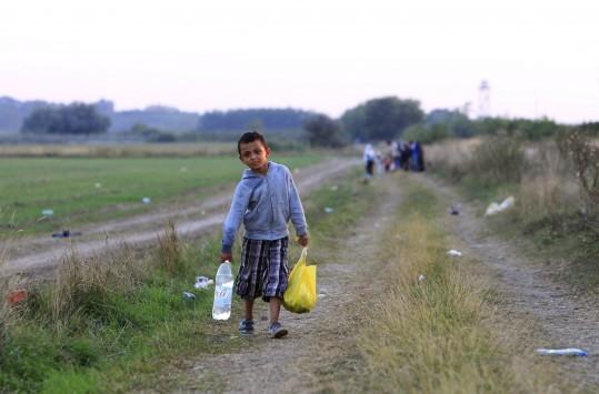 ''Σκανδαλώδης η στάση της Ουγγαρίας με φράχτη για μετανάστες''