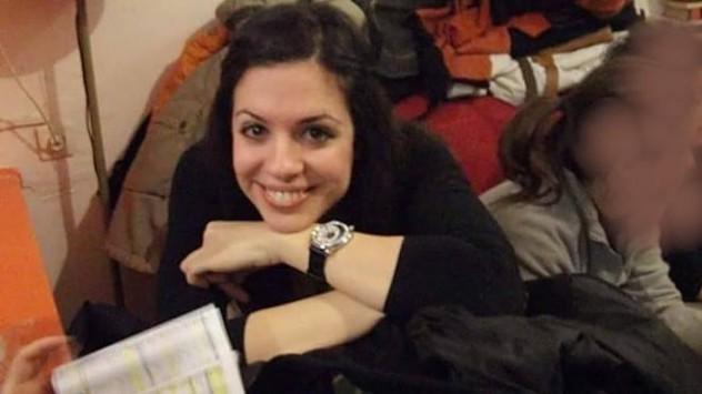 Η 28χρονη Ντένια πάσχει από μια σπάνια μορφή καρκίνου και χρειάζεται τη βοήθειά μας...