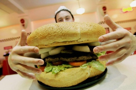 Το σοκαριστικό πείραμα με fast food - Πώς είναι μετά από 6 χρόνια