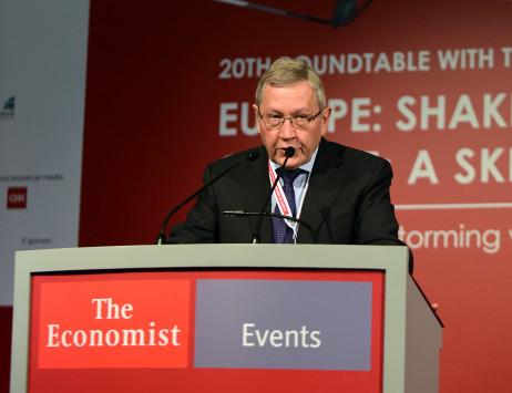 Ρέγκλινγκ: Αν φύγει το ΔΝΤ τότε το πρόγραμμα πρέπει να εγκριθεί ξανά από την Γερμανία
