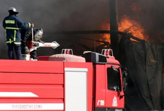 Φωτιά σε τρένο στη Θεσσαλονίκη