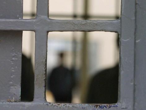 Ρόδος: Πάνω από 20 χρόνια φυλακή για τον πατριο-τέρας αλλά και για την μητέρα που τον έβλεπε να βιάζει την κόρη της!