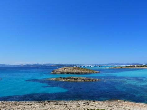 Οινούσσες: Το μεγαλείο ενός μικρού νησιού