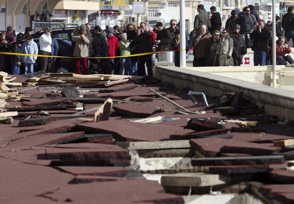 Η αποβάθρα καταστράφηκε εντελώς στην πόλη Les Sables d'Olonne, στη Δυτική Γαλλία ΦΩΤΟ REUTERS