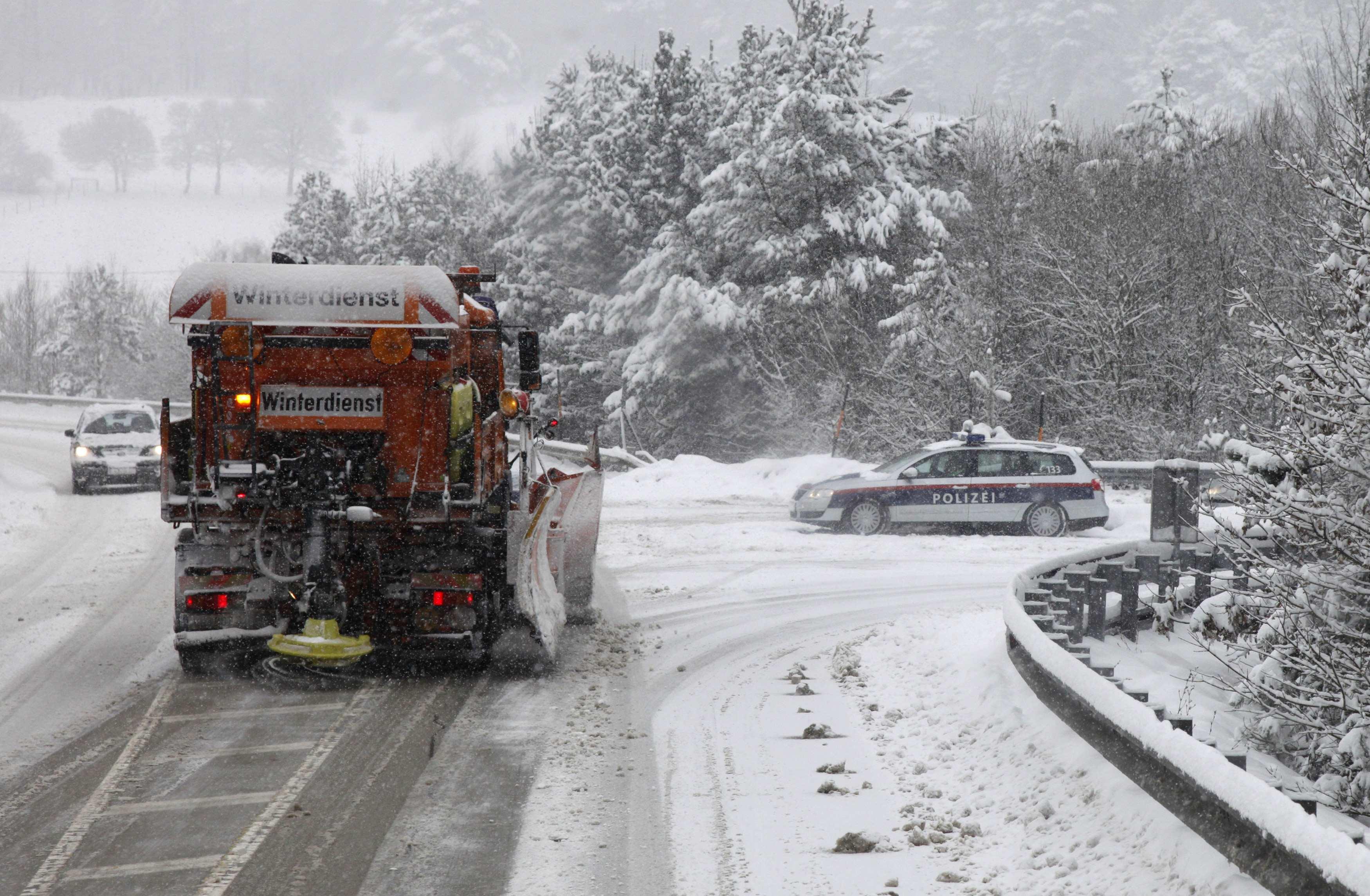 Προσπάθειες να ανοίξουν οι δρόμοι στη Βιέννη - ΦΩΤΟ REUTERS