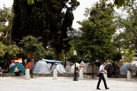Ο Δημοκράτης Παπουτσής είπε:  Αν ο δήμος θελήσει να αδειάσει την πλατεία, θα βοηθήσω.