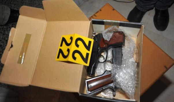 Συνελήφθη ο δικηγόρος με το οπλοστάσιο στη Λούτσα