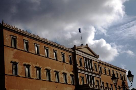 Ακυβέρνητη η Ελλάδα - Διορισμένος δικαστής θα λάβει κρίσιμες αποφάσεις για οικονομία - Σκόπια
