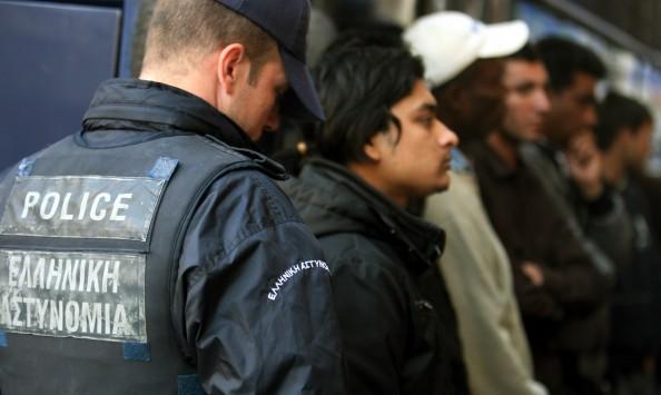 Ποιός είναι ο αριθμός των μεταναστών νόμιμων και μη στην Ελλάδα