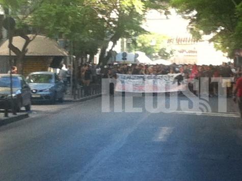 Τώρα: Οι αριστεροφασίστες κάνουν πάλι αντιρατσιστικό συλλαλητήριο στην θήνα.