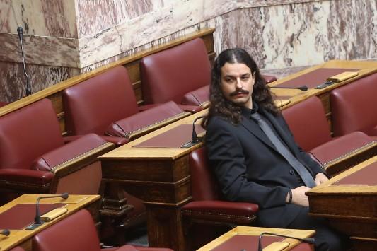 Άρση της ασυλίας του βουλευτή της Χρ.Αυγής Μπαρμπαρούση αποφάσισε η Βουλή