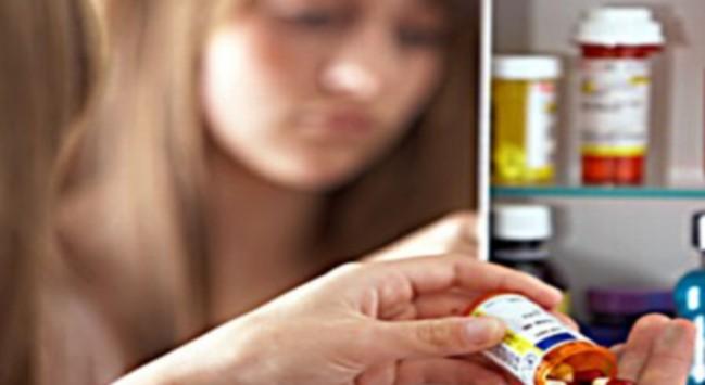 Εφιαλτικές αποκαλύψεις ! 14χρονα ελληνόπουλα χρήστες σκληρών ναρκωτικών - Πίνουν ακόμα και υγρά μπαταρίας