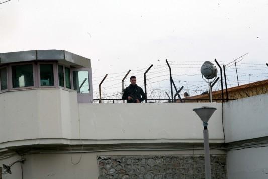Απέδρασε κρατούμενος από το Αττικό Νοσοκομείο