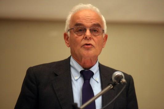 Ψυχάρης σε Μανιτάκη: Κινδυνεύεις να μείνεις στην ιστορία ως ο υπουργός - προστάτης των επίορκων των κοπανατζήδων και των τεμπέληδων.