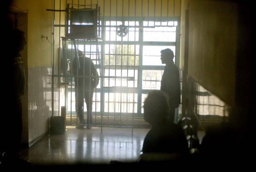 Θα μεταφέρουν αλβανούς κρατούμενους από την Ελλάδα σε αλβανικές φυλακές