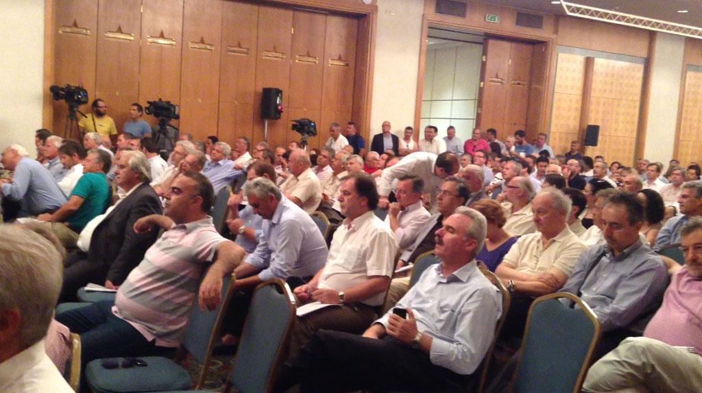 Σε βαρύ κλίμα γίνεται η έκτακτη συνέλευση της ΚΕΔΕ - ΦΩΤΟ NEWSIT