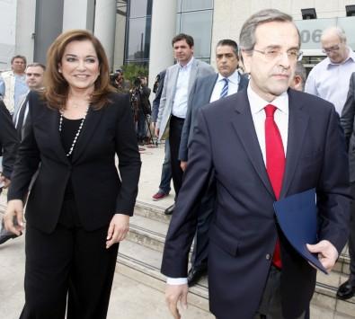 \Ξεσπάθωσε η Ντόρα: Δεν είναι η πρώτη φορά που ο Σαμαράς ανασταίνει το ΠΑΣΟΚ