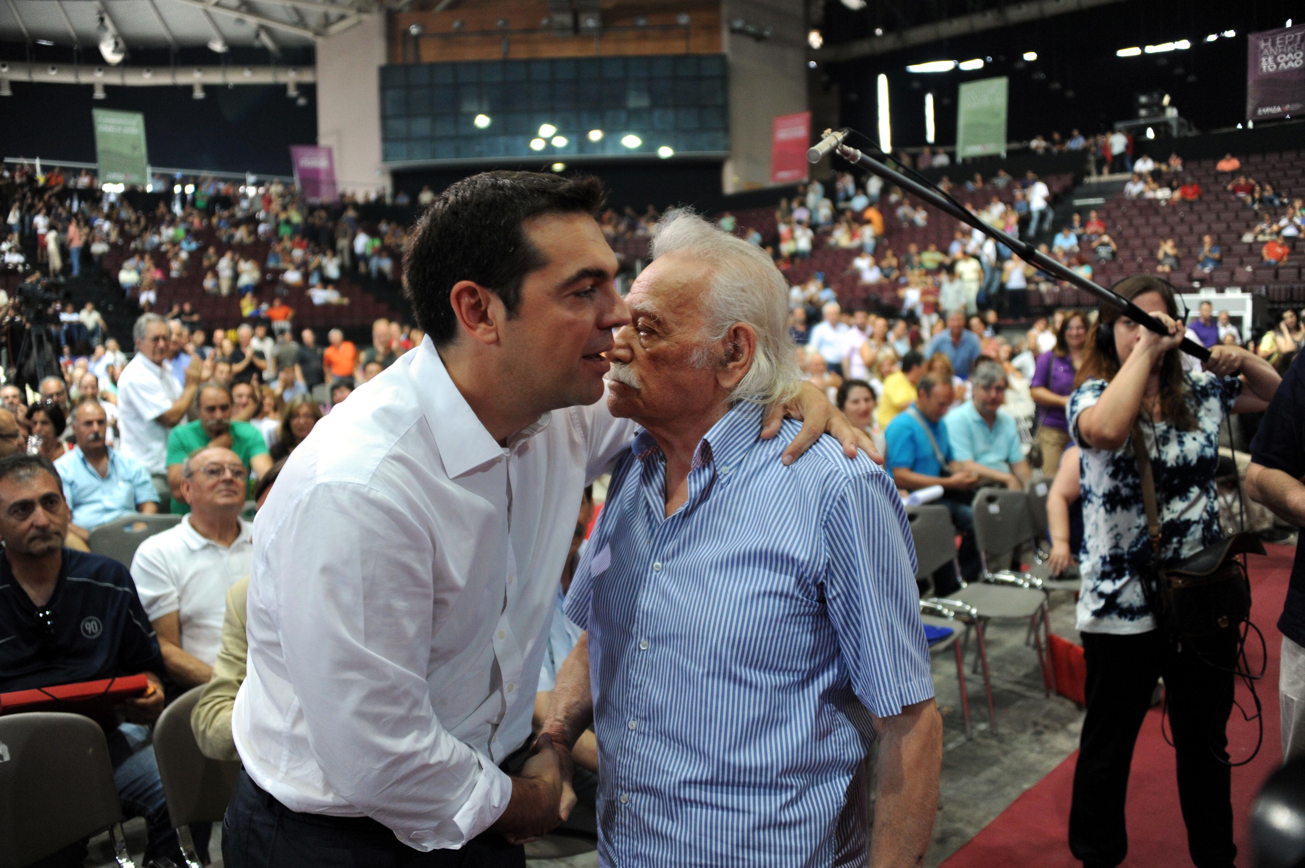 """Το χαμόγελο του Αλέξη Τσίπρα """"πάγωσε""""... - ΦΩΤΟ EUROKINISSI"""