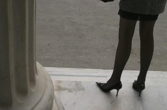 Πάτρα: Στη φυλακή η γυναίκα που δήλωνε φορέας του AIDS και δάγκωνε αστυνομικούς!