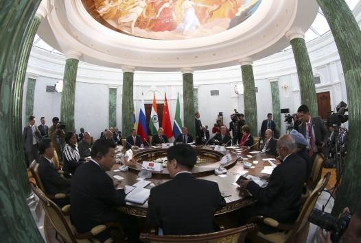Πούτιν: Εγώ δεν κάθομαι δίπλα σε αυτόν (Ομπαμα) !!!
