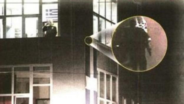 Φωτογραφία του δράστη από κάμερα ασφαλείας την ώρα της εν ψυχρώ δολοφονίας