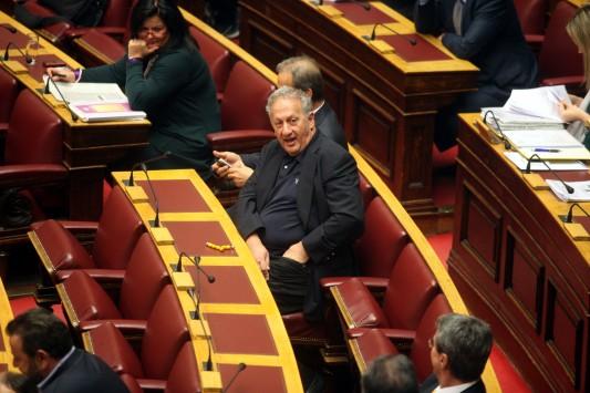 """Σκανδαλίδης για την ψήφο εμπιστοσύνης: """"Δεν αξίζει αλλά με αναγκάζετε..."""""""