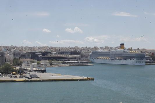 Νέα συμφωνία μαμούθ της Cosco στο λιμάνι του Πειραιά για επένδυση 230 εκατ. ευρώ