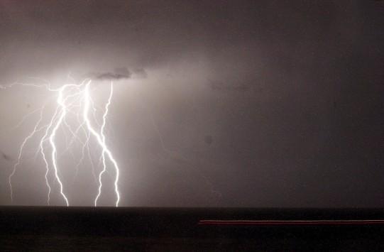Χαλάει περισσότερο ο καιρός από τη νύχτα - Ποιές περιοχές θα πληγούν από τις ισχυρές βροχές και καταιγίδες