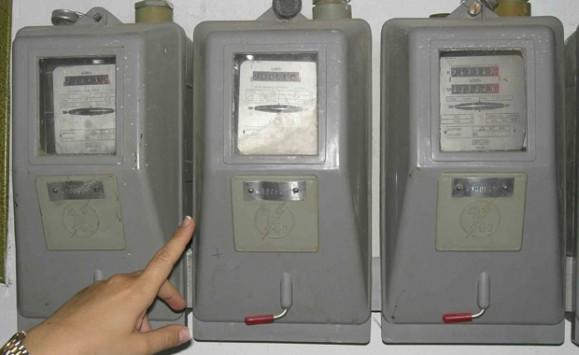 Τέλος στις διακοπές ρεύματος - Οι προϋποθέσεις για να ζητήσετε επανασύνδεση