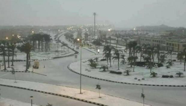Χιόνισε μετά από 112 χιόνια στην Αίγυπτο! Κύμα ψύχους σαρώνει τη Μ. Ανατολή - ΦΩΤΟ