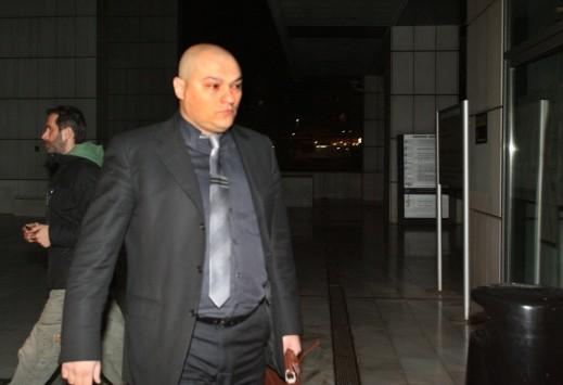 Προφυλακιστέοι οι  Γ. Γερμενής και Π. Ηλιόπουλος - Επίθεση οπαδών της Χρυσής Αυγής σε δημοσιογράφους - Στις 10:00 θα απολογηθεί ο Μπούκουρας