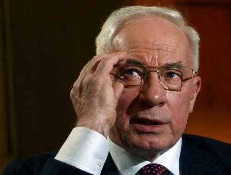 Από μια κλωστή η κυβέρνηση στην Ουκρανία: Παραιτήθηκε ο πρωθυπουργός Αζάροφ