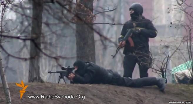 Αποκαλύψεις για τους δολοφόνους των Ουκρανών διαδηλωτών από μια υποκλοπή! - Βίντεο από το λιντσάρισμα του απεσταλμένου του ΟΗΕ στην Κριμαία