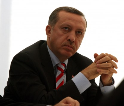 O Ερντογάν απειλεί το Facebook και το Twitter