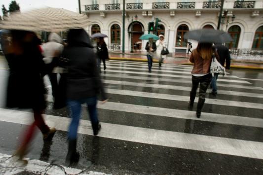 Χαλάει ο καιρός από Δευτέρα - Έρχονται βροχές και καταιγίδες - Χιόνια την Τρίτη στα ορεινά