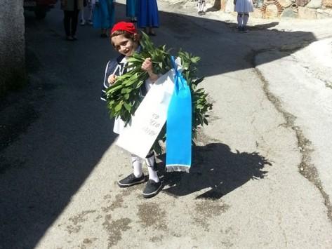 Εύβοια: Οι μπόμπιρες που έκαναν ένα ολόκληρο χωριό να δακρύσει - Δείτε φωτό!