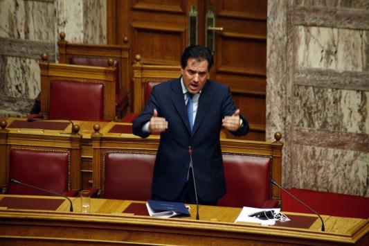 Καυγάς Άδωνι - Παπαδημούλη στη Βουλή!