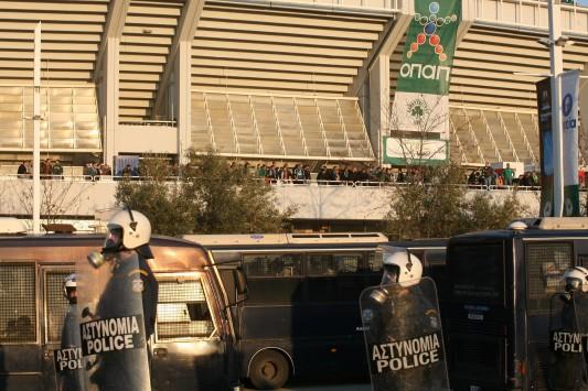 Απαγορεύουν τις συγκεντρώσεις φιλάθλων στην Αθήνα το Σάββατο