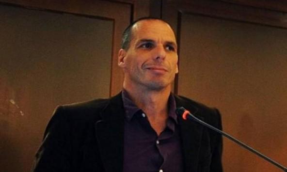 Βαρουφάκης: Ποτέ η Ελλάδα δεν ήταν πιο χρεοκοπημένη - Να σταματήσει να αποπληρώνει το χρέος