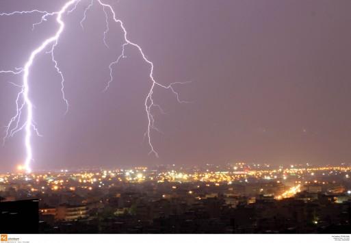 Καταιγίδες και χαλάζι τη Δευτέρα - Πού θα χτυπήσει η κακοκαιρία