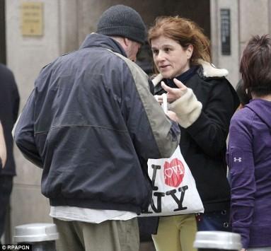 Τουρίστρια έδωσε τα... αποφάγια της στον `άστεγο` Ρίτσαρντ Γκιρ!