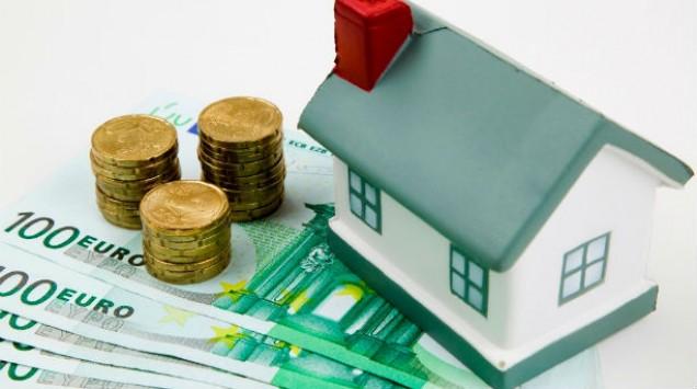 Μετά το σάλο το υπουργείο Οικονομικών μαζεύει το φόρο ιδιοκατοίκησης
