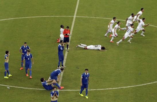 Όχι δάκρυα γι' αυτή την Εθνική! Μόνο υπερηφάνεια για την Ελλάδα του Σάντος, παρά τον άδοξο αποκλεισμό στα πέναλτι από την Κόστα Ρίκα