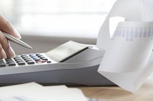 Από 48 μέχρι 100 οι δόσεις για χρέη σε εφορία και ταμεία – Πάνω από 66 δισ. € οι οφειλές προς την εφορία
